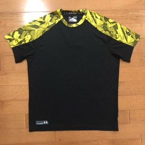 Under Armour loose fit heat gear shirt